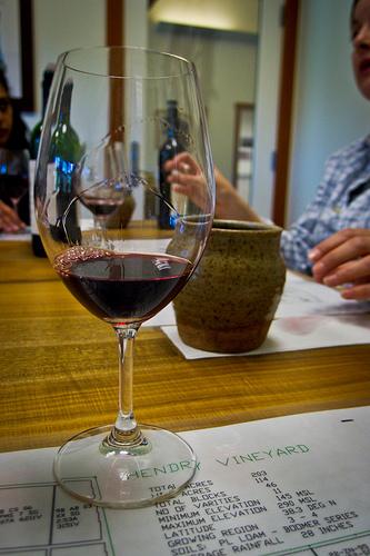 Hendry's Winery wine tasting